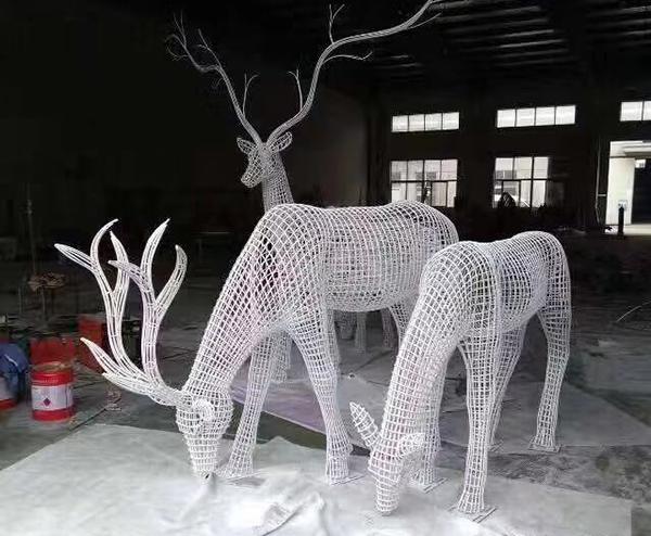 青岛铁艺雕塑